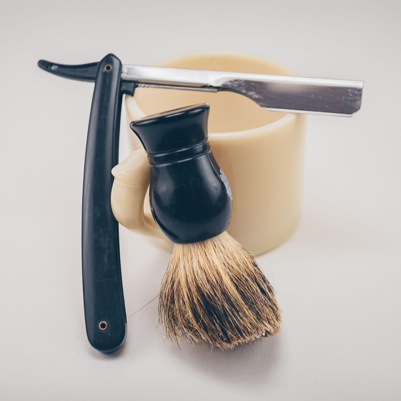 Using nail polish remover for grooming