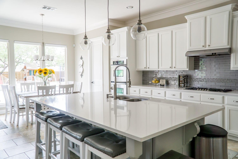 Clean cupboards in kitchen